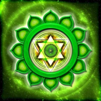 Chakra Anahata, chakra de corazón: despertarlo con fosfenos